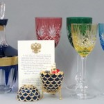 faberge-pinecone-egg-glass-online-auction
